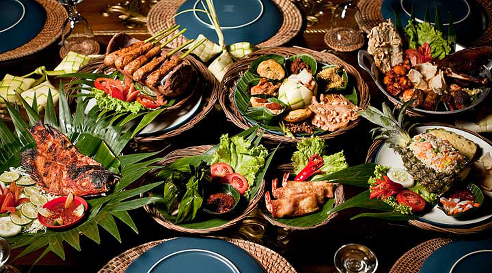 10 indonesian food dishes that you need to try at least for Indische sideboards